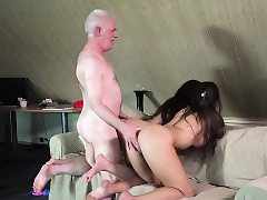 Grandpa Tears up Teenies Sugary-sweet Femmes In Bedroom 3some