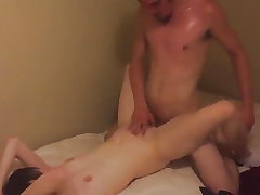 Oregon wife pulverizes cuckolds mate