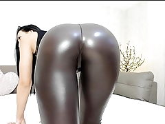 Hot cam nubile in shiny stretch pants with great ass tease pt.2